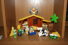 Nativities_and_cookie_party_001